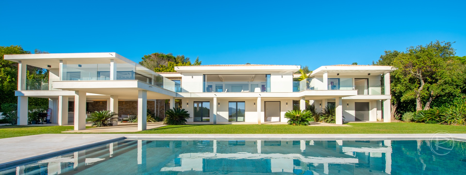 Beauvallon, Bay of Saint-Tropez, France property